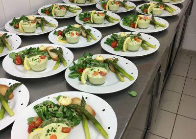 Mousse d'asperge et tomate confite